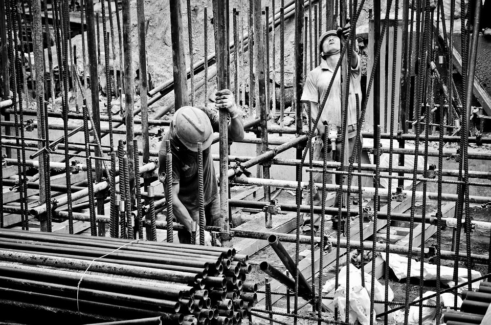 worker-2633918_960_720
